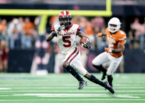 Oklahoma WR Marquise Brown to miss combine due to Lisfranc injury, per report
