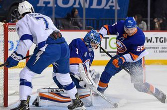 Thomas Greiss saves 38 shots as Lightning stumble on road in 5-1 loss to Islanders