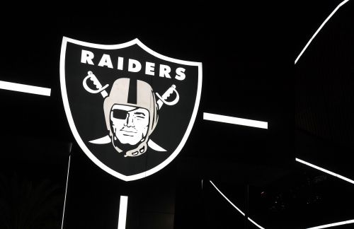 Raiders could be in hot water for not wearing masks at gala