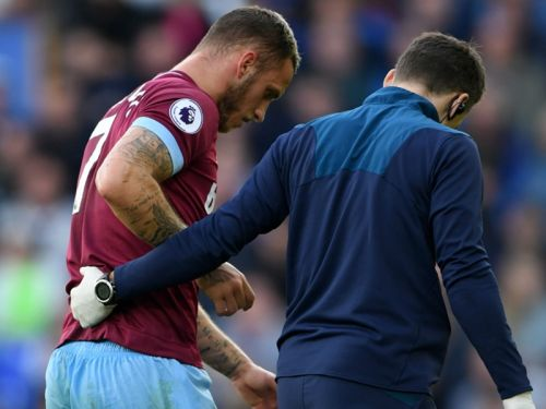 'It hurts a lot' - Arnautovic concerned over knee injury