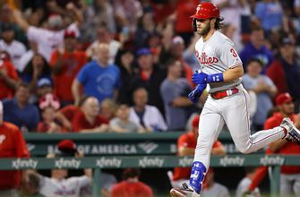 Bryce Harper's 2-run home run helps Phillies overcome Red Sox
