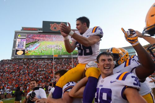 LSU fans making donations to Assumption College in new kicker Cole Tracy's honor
