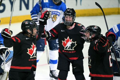 2010 controversy changed women's hockey, but Canada, U.S. still out front