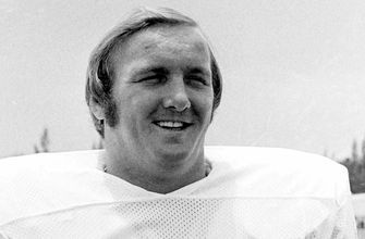 Bob Kuechenberg, former Pro Bowler and member of undefeated 1972 Dolphins, dies at 71