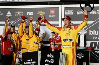 The final laps of Joey Logano winning the first Duel qualifying race at Daytona | NASCAR on FOX