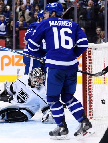 Sparks, Kapanen lead Maple Leafs to 4-1 win over Kings