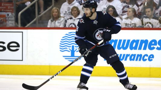 Jacob Trouba reportedly seeks $7 million in arbitration case with the Jets