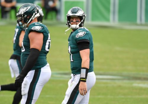 Opinion: From Carson Wentz to Sam Darnold, breaking down which NFL QBs' struggles are cause for concern