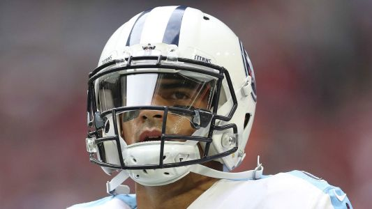 Marcus Mariota injury update: Titans QB dealing with pinched nerve in elbow