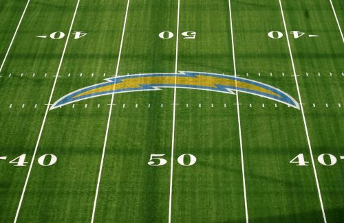 Los Angeles Chargers have player test positive for COVID-19, facility to remain open