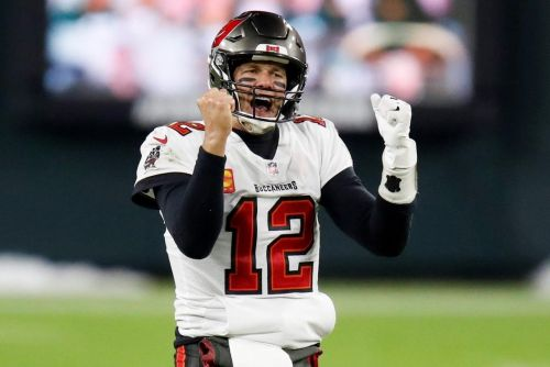 Super matchup between QBs Mahomes, Brady for NFL title