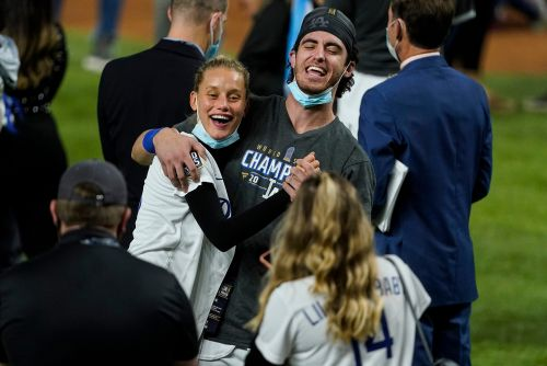 Chase Carter celebrates boyfriend Cody Bellinger's World Series win
