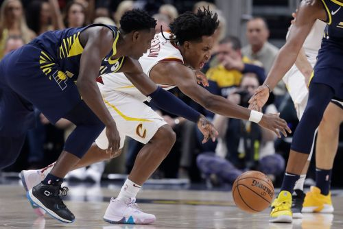 Pacers' win streak comes to shocking halt vs. Cavaliers