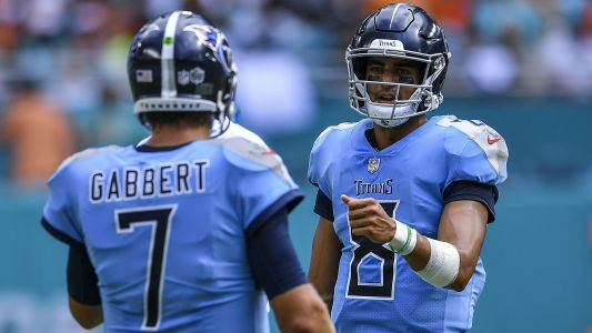 Titans QBs Marcus Mariota, Blaine Gabbert both expected to play vs. Texans