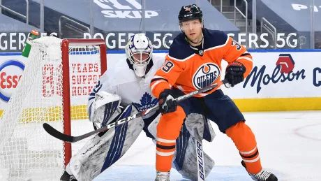 Michael Hutchinson posts 31-save shutout as Leafs blank Oilers for 2nd straight game