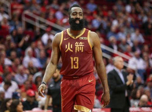 James Harden extends 30-point streak with last-minute 3 in Rockets' win over Mavericks