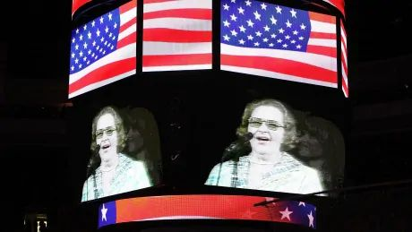 Philadelphia Flyers remove statue of late singer Kate Smith