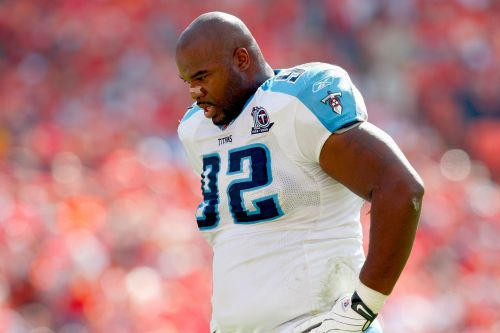 Former Tennessee Titans standout Albert Haynesworth arrested on domestic violence charge