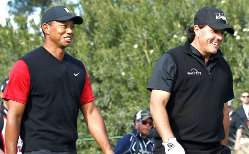 Phil Mickelson tweets support for Tiger Woods: 'We are pulling for you'
