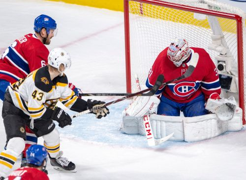 Halak gets third shutout, Bruins beat Canadiens 4-0