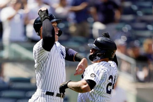 Judge, Sánchez drive Yanks to blowout win over Royals