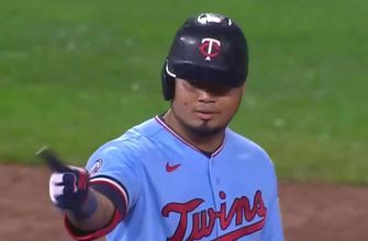 Luis Arráez hits third double of the game, drives in a run to give Twins 5-2 lead over Reds
