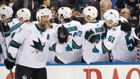 Joe Thornton's phone call with football great Joe Montana led to signing with Leafs