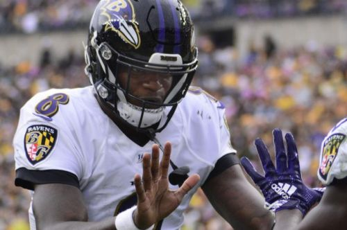 Fantasy football: Lamar Jackson tops Week 6 quarterback rankings