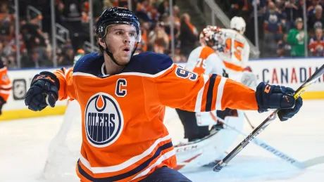 Edmonton as NHL hub city? Fresh speculation has Oilers fans excited for summer hockey