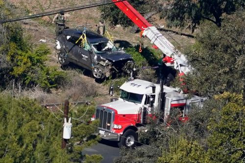 Accidents not uncommon at site of Tiger Woods crash