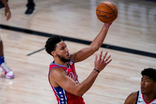 Ben Simmons' knee injury could burst 76ers' bubble