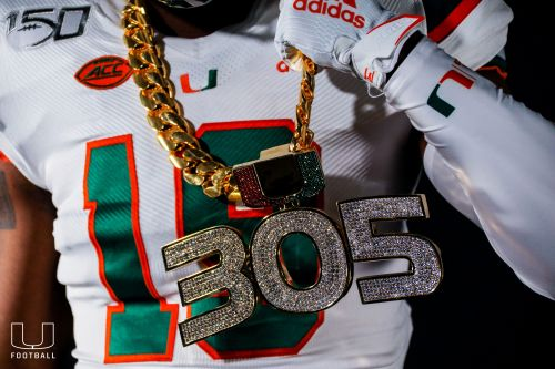 Miami debuts 2019 turnover chain after forcing first-half fumble vs. Florida