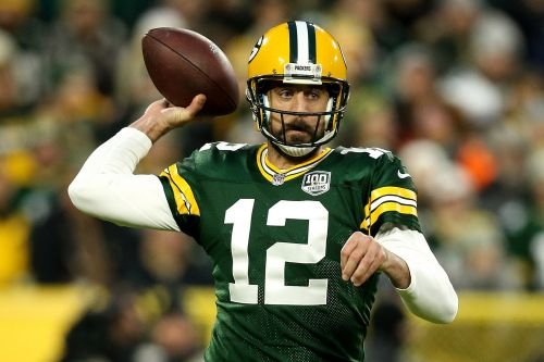The risk of getting 'blindsided' in Aaron Rodgers' game of chicken