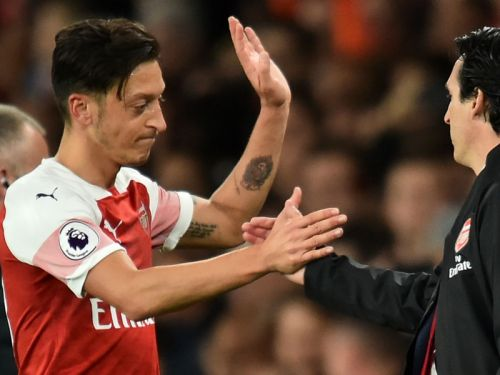 'Ozil capable of this every Arsenal game' - Emery praises ace's Leicester showing