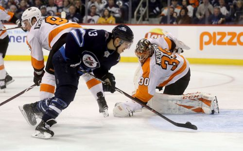Jets get 3 on power play, rout Flyers 7-1