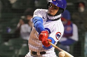 Javier Báez turns around and bats lefty in Cubs' 16-4 blowout win over Mets