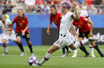 2019 FIFA Women's World Cup™: United States' Megan Rapinoe scores early penalty vs. Spain | HIGHLIGHTS