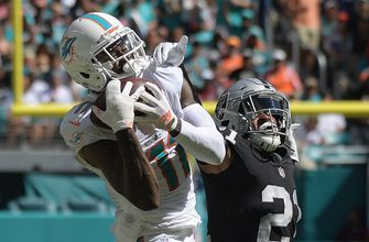 DeVante Parker's agent says Dolphins receiver should be playing, questions coach Adam Gase