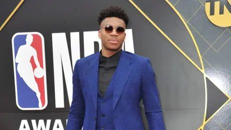 Antetokounmpo wins 2019 NBA MVP award
