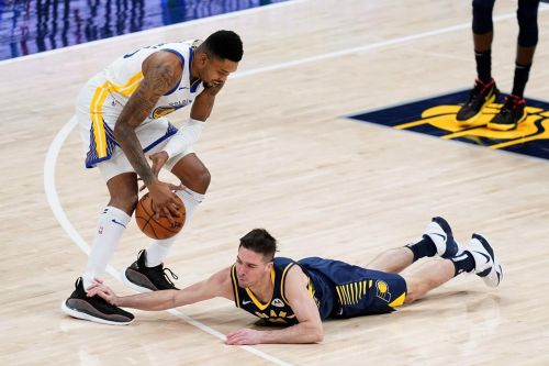 Warriors use late run to pull away from Pacers, 111-107