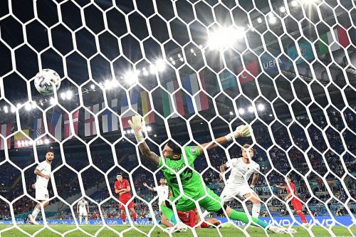 Euro takeaways: The Italians show they're for real, just in case that 26-game unbeaten streak didn't convince you