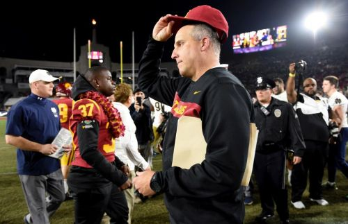 USC football in unfamiliar spot for early signing day
