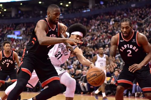 Leonard hits winning basket, Raptors beat Nets 127-125