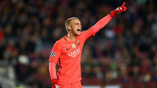 Cillessen aware 'it won't be easy' to leave Barcelona amid Man Utd links