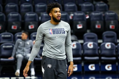 Timberwolves' Karl-Anthony Towns reveals he tested positive for COVID-19