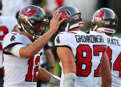 Rob Gronkowski catches first touchdown in 679 days and first with Tampa Bay Buccaneers