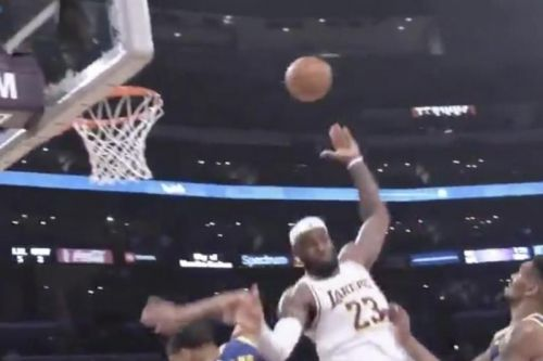 Watch: Lakers' LeBron James gets circus assist for 3-pointer