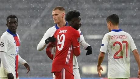 Canada's Davies features as Bayern Munich loses 1st leg of Champions League quarters