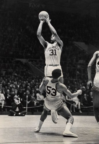 Wes Unseld: Louisville legend remarkably strong, singularly unselfish in basketball and life