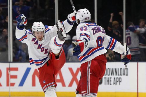 NHL betting starts slow, but league gets credit for having plan